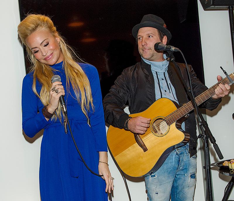 * Sara Varga och Lars Hägglund Invigning av Forma Vita hudklinik, Stockholm 16-11-24. Foto ©Eero Hannukainen EEROBILD AB